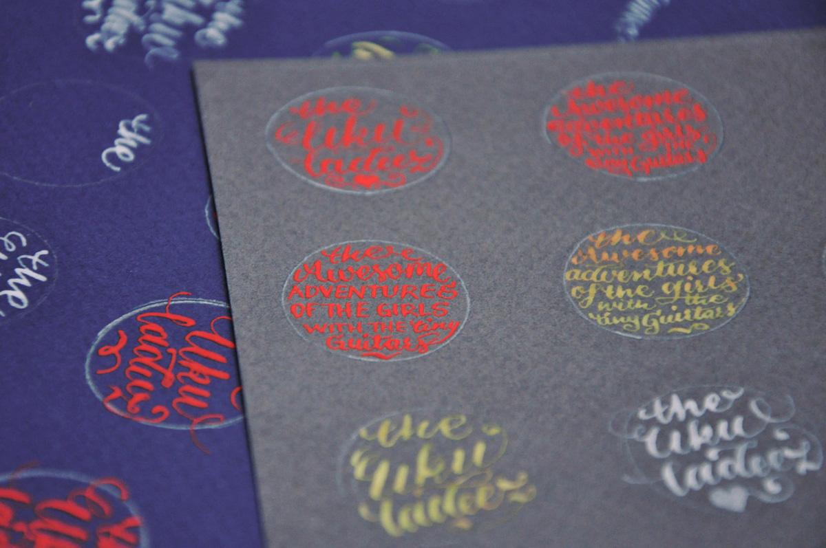 Kalligrafi – udkast til The Ukuladeez Badge 2